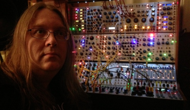 Thomas Dimuzio with Buchla 200e.jpg