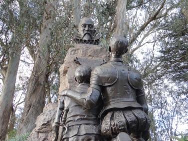 Cervantes statue looking up closer