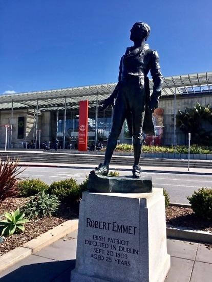 Emmet statue photo mjsd (1)